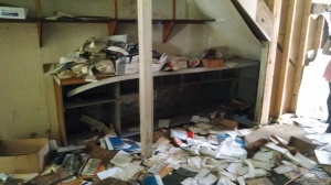 A blurry photo, but this is what I meant by the entertainment office explosion