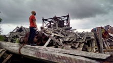 And this was our main pose. Trying to survey the best way to navigate the wreckage.