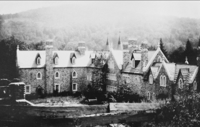 Dundas Castle as seen in the 1920s (Photo courtesy of Dr. Joyce Conroy)