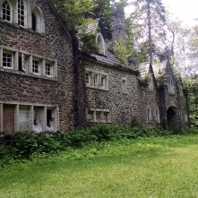 The Dundas courtyard