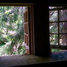 These were the only windows that weren't arched I figured that was worth documenting.